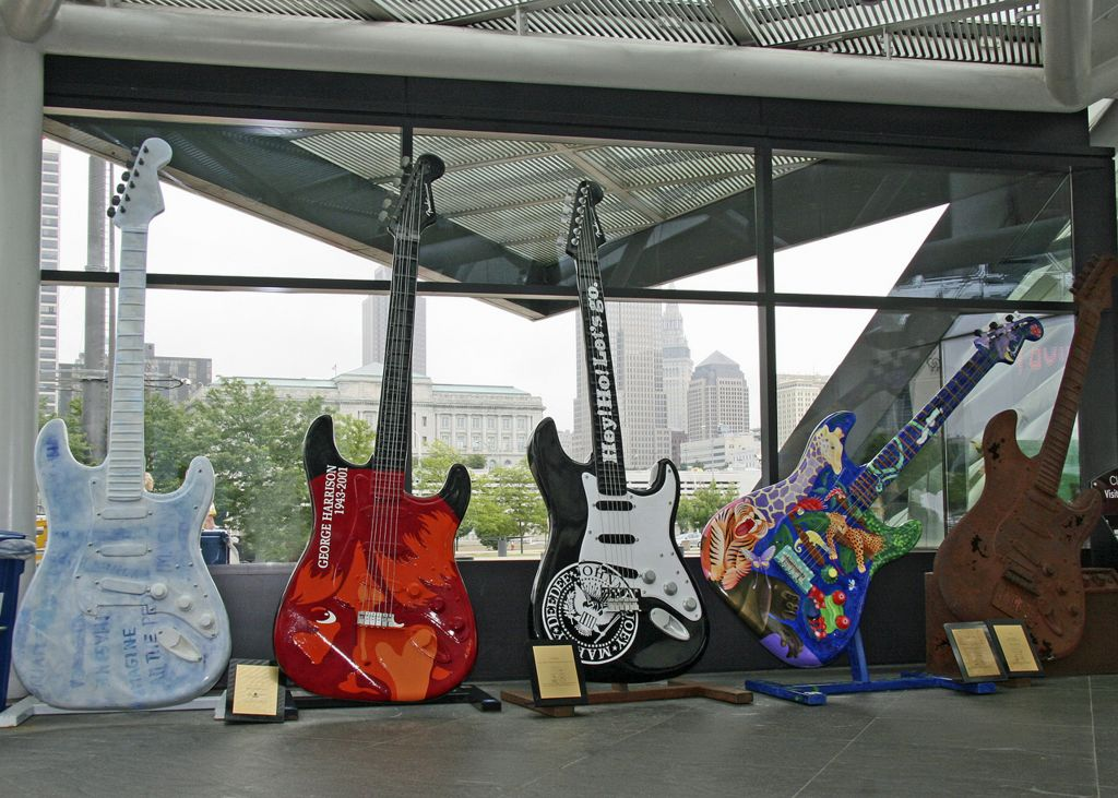 The Rock and Roll Hall of Fame, Cleveland, Ohio © Picturemakersllc   Dreamstime 34142469