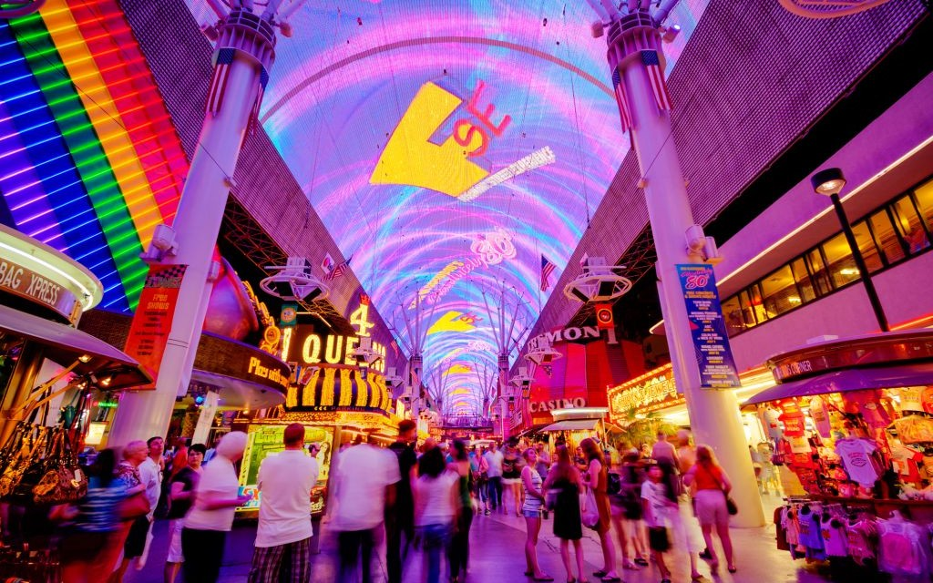 The Fremont Street Experience, Downtown Las Vegas, Nevada © Kan1234 | Dreamstime 36926399