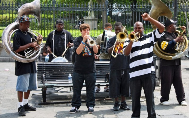 Jazz Band playing in Jackson Square, New Orleans, Louisiana © Kenneth D Durden | Dreamstime 9064645