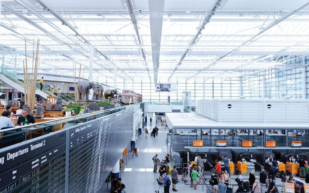 24 - Check-in Hall © Munich Airport