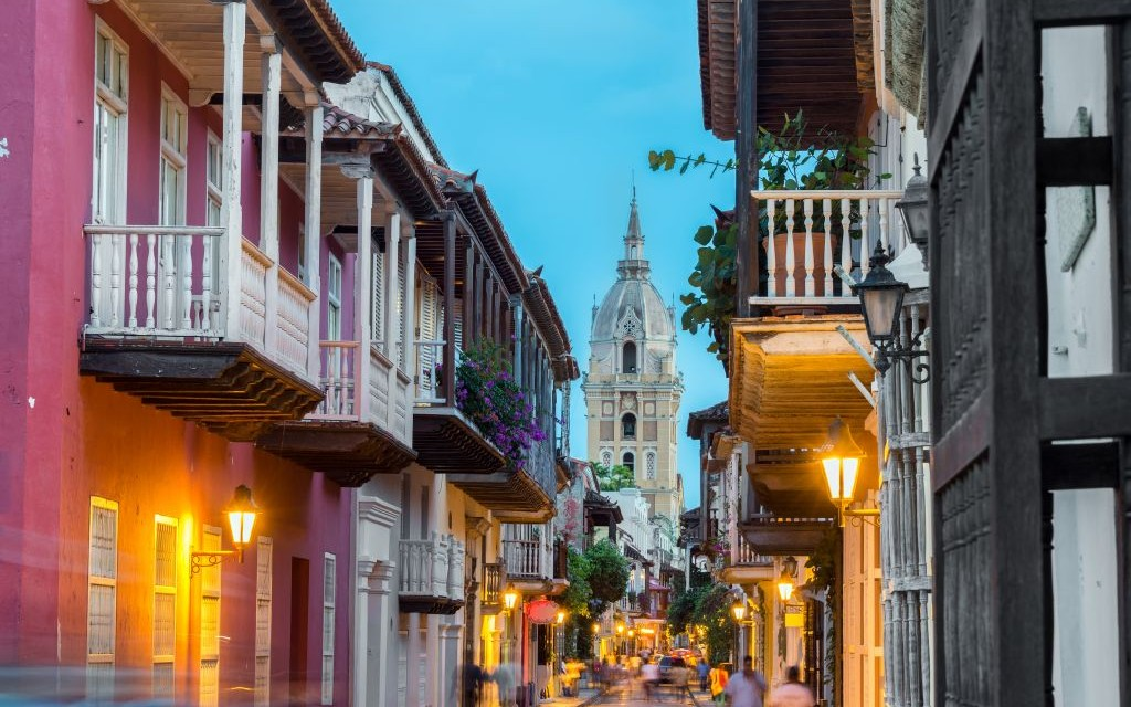 Cartagena Cathedral, Columbia © Jesse Kraft | Dreamstime 36864062