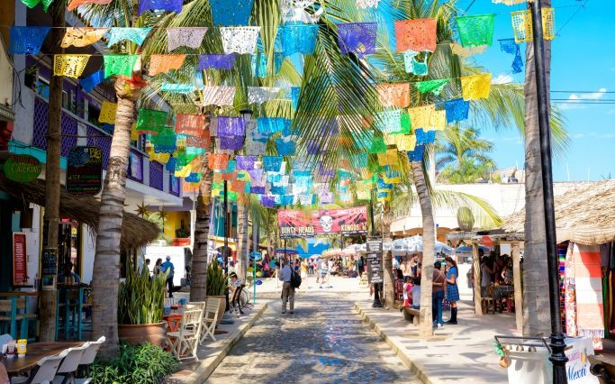 Sayulita Beach, Mexico © Simon Hack | Dreamstime 50013814