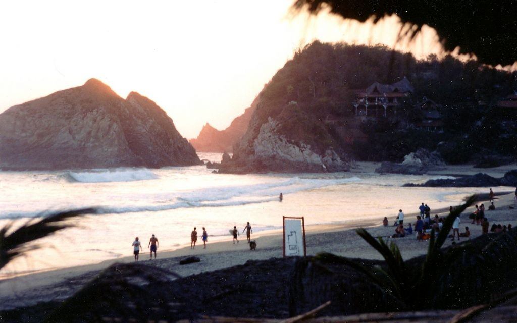 Zipolite, Mexico © Blair Stirrett | Flickr