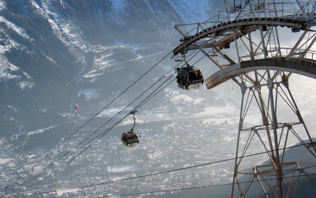 A Chamonix Cable Car in the French Alps © Tomd | Dreamstime 206736