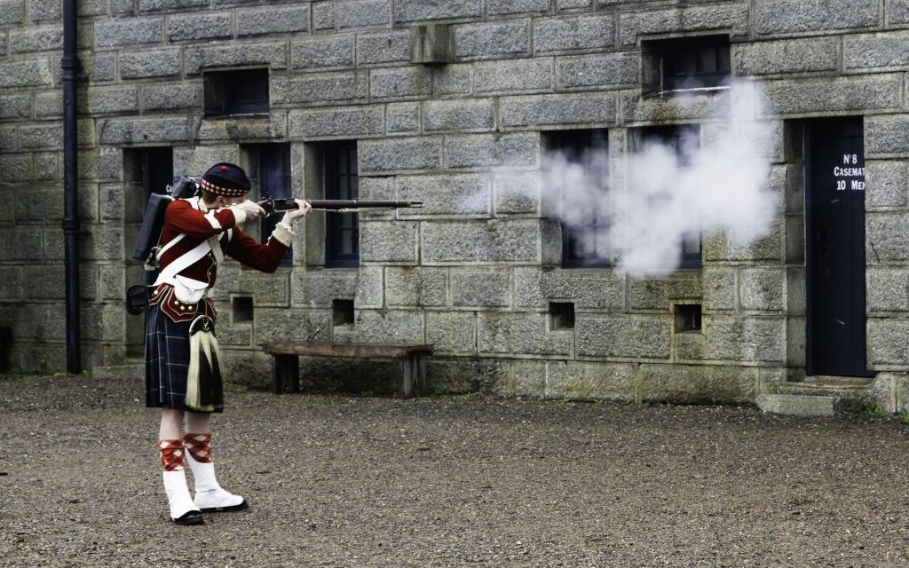 Rifling Demonstration at the Halifax Citadel in Nova Scotia, Canada © Freddy Lecock | Dreamstime 21709638